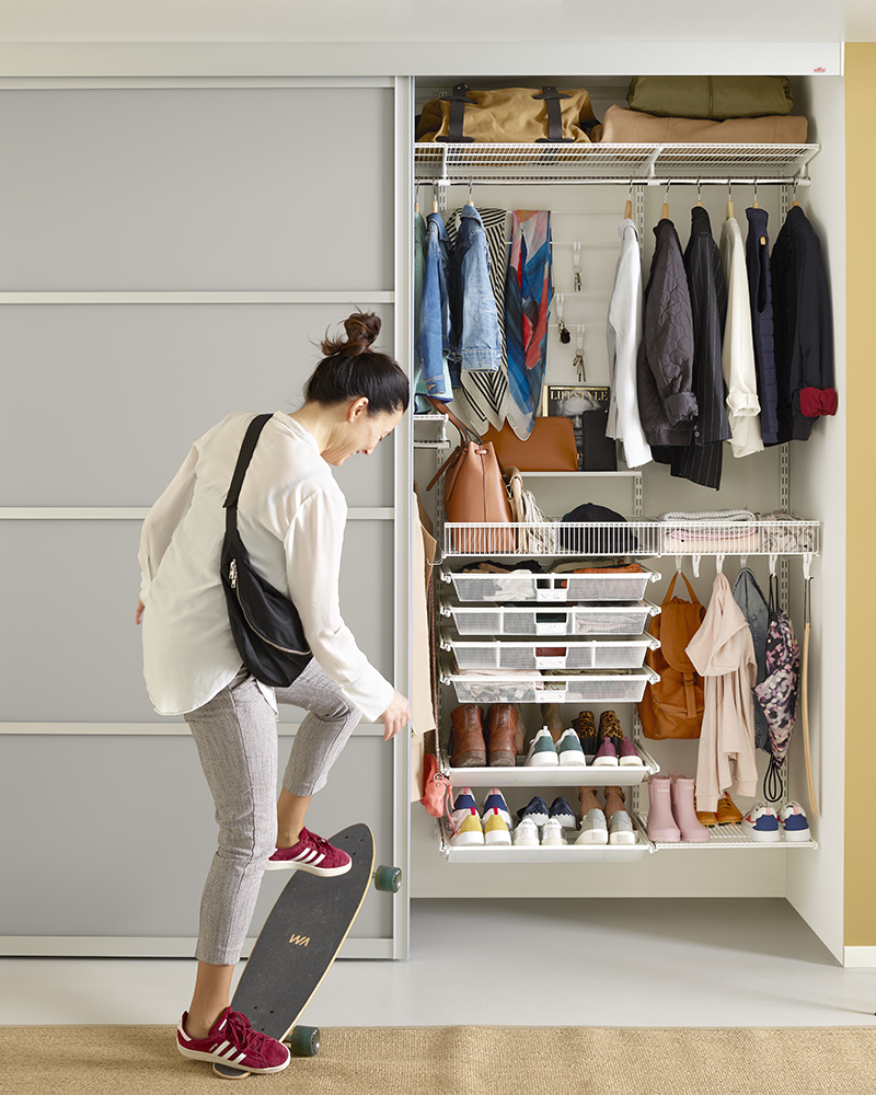 Elfa-closet-slidingdoors-hallway-1a-cropped